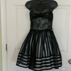 Betsey Johnson Black Formal Gown